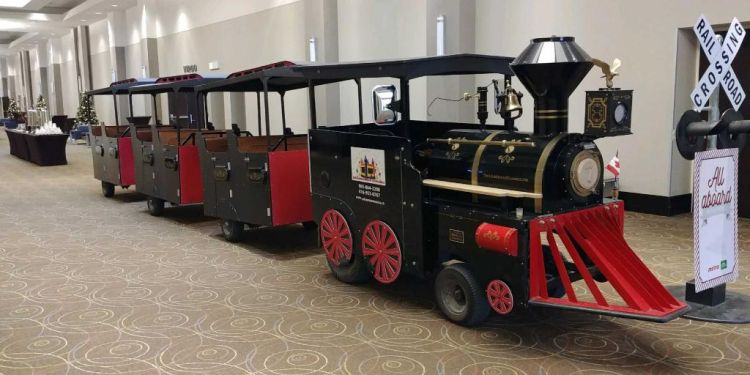 Great Canadian Express Trackless Train